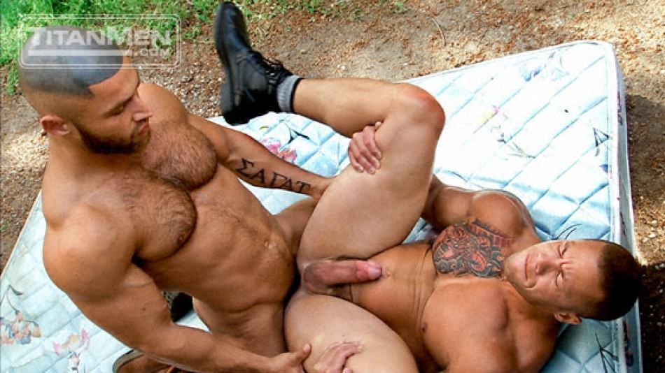 Top to Bottom: Francois Sagat & Matthew Rush (Full Access)