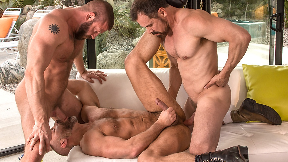 Package: Officer Dirk leads a 3-way with Hunter Marx and Daddy Max (45:53)